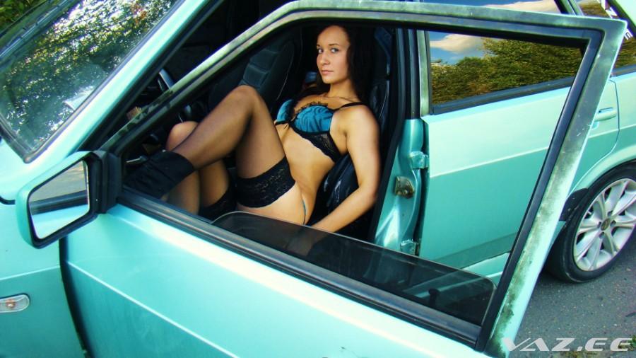 Девушку для секса в машине в ульяновске